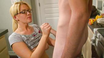 video-masturbatsiya-nemetskoe-klassnoe-porno-seks-goroda